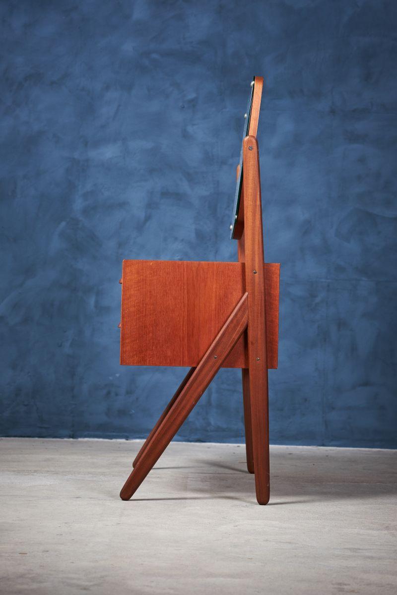 y leg frisiertisch aus teak mit spiegel von lholms. Black Bedroom Furniture Sets. Home Design Ideas