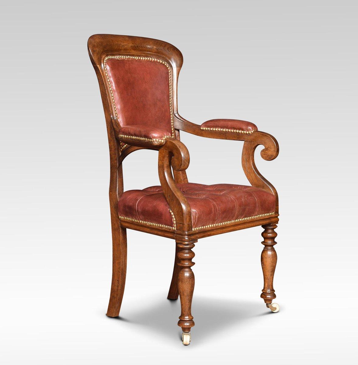 fauteuil en ch ne et cuir rouge fin 19 me si cle en vente. Black Bedroom Furniture Sets. Home Design Ideas