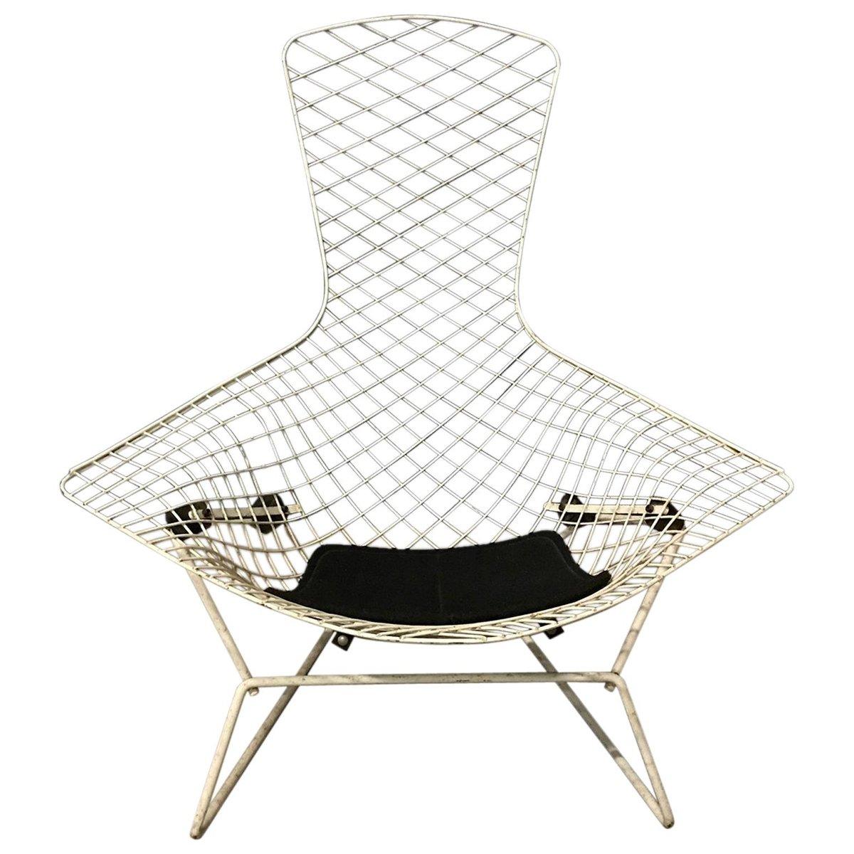 Weißer Bird Stuhl mit schwarzem Kissen von Harry Bertoia für Knoll Int...