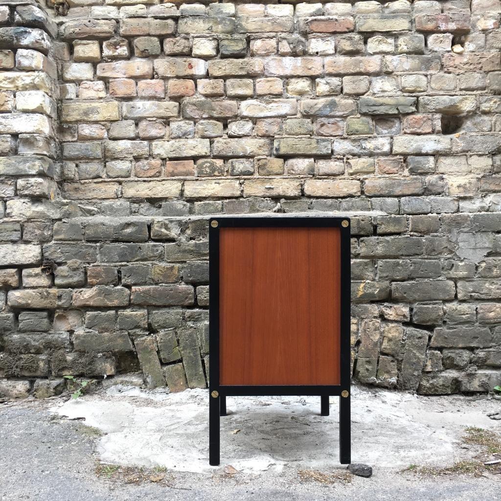 schwarze schwedische mid century kommode aus teak von. Black Bedroom Furniture Sets. Home Design Ideas