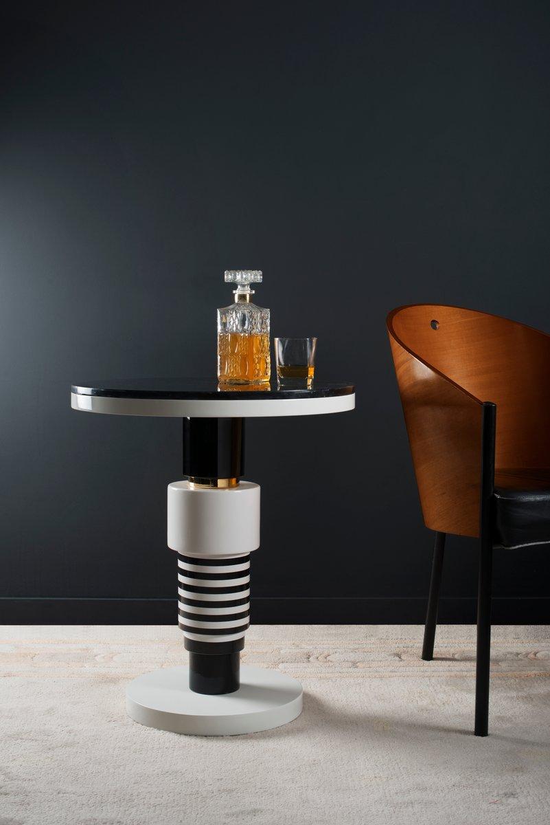 table d 39 appoint etania variation 2 avec bande dor e et plateau blanc de casalto en vente sur pamono. Black Bedroom Furniture Sets. Home Design Ideas