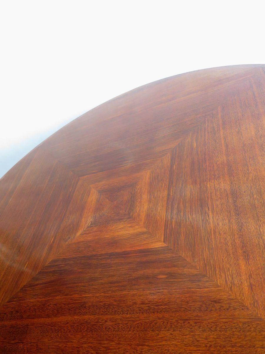 gro er runder tisch aus holz metall bei pamono kaufen. Black Bedroom Furniture Sets. Home Design Ideas