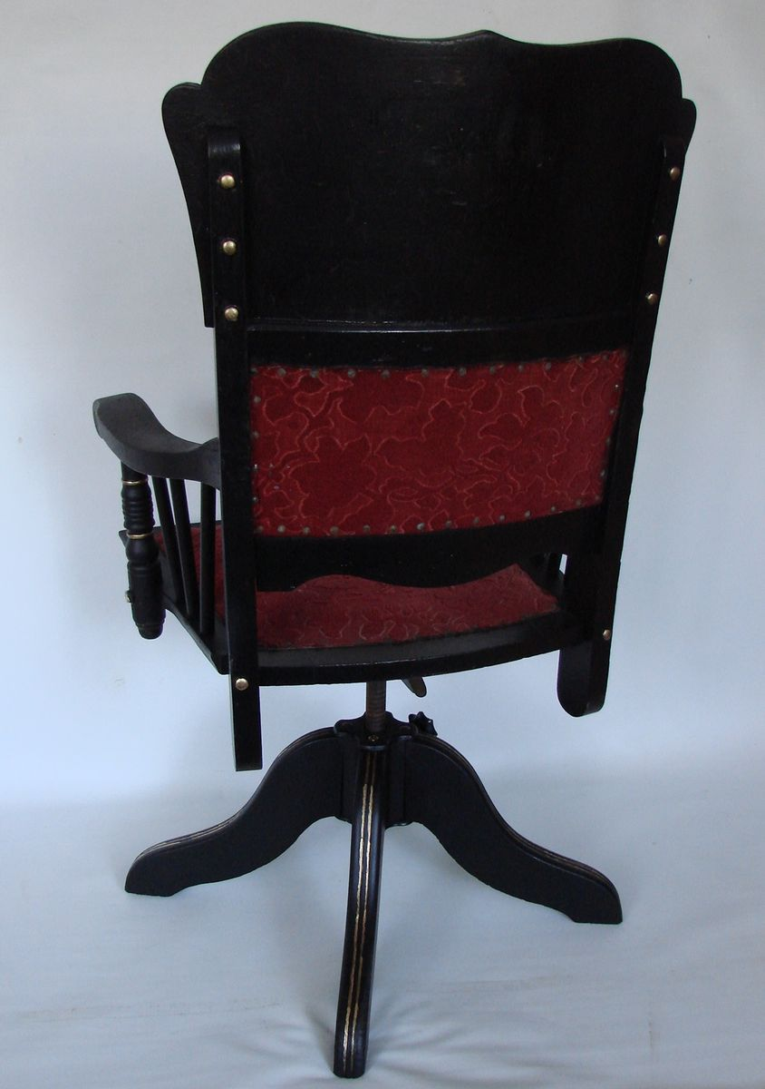 Stupendous Antique Armchair From Heywood Brothers Wakefield Company Ncnpc Chair Design For Home Ncnpcorg