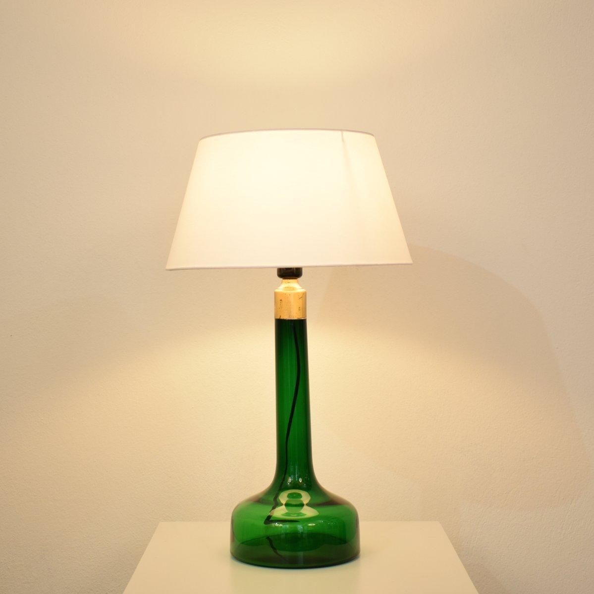 franz sische mid century tischlampe mit gr nem glasfu. Black Bedroom Furniture Sets. Home Design Ideas