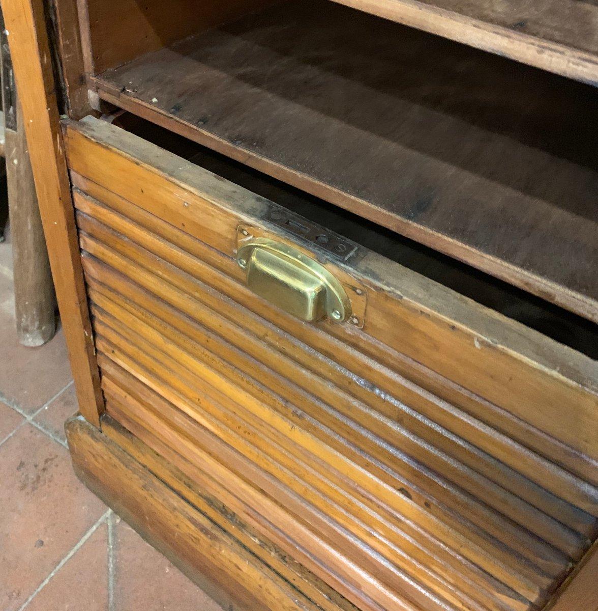 Meuble de Bureau à Rideau Coulissant, Italie, 1920s en vente sur Pamono