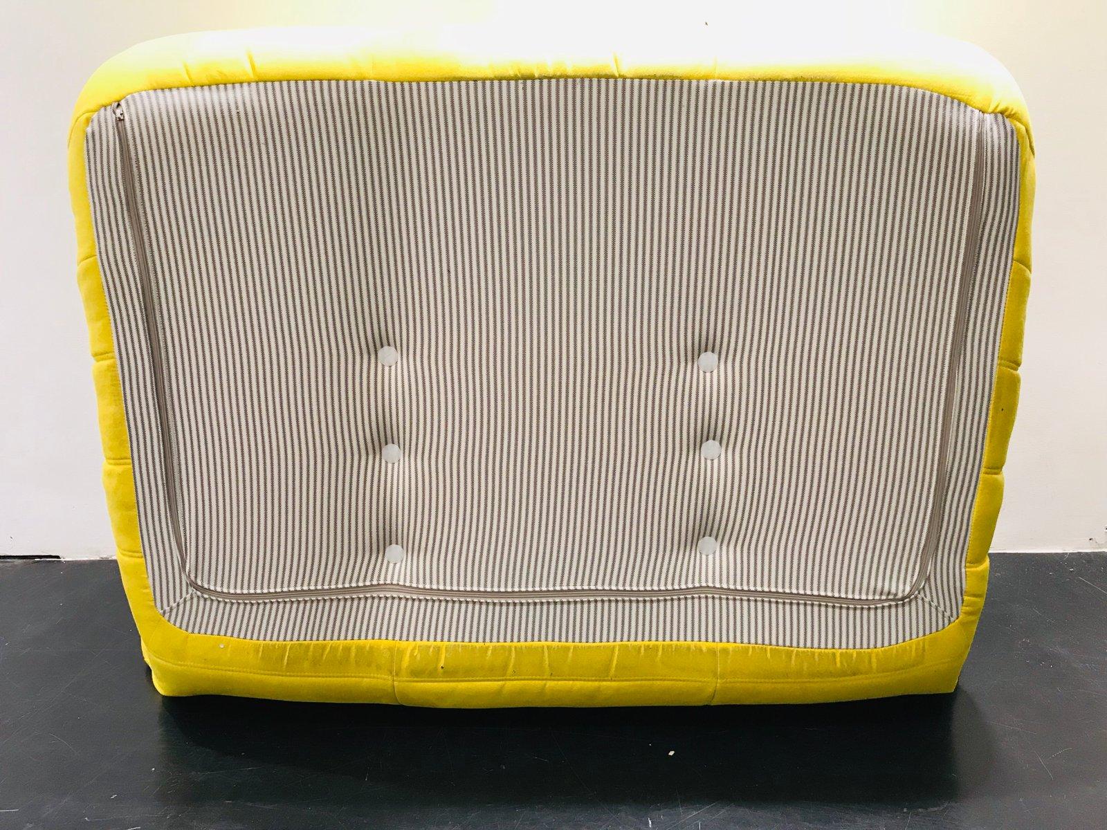 yellow togo loveseat by michel ducaroy for ligne roset. Black Bedroom Furniture Sets. Home Design Ideas