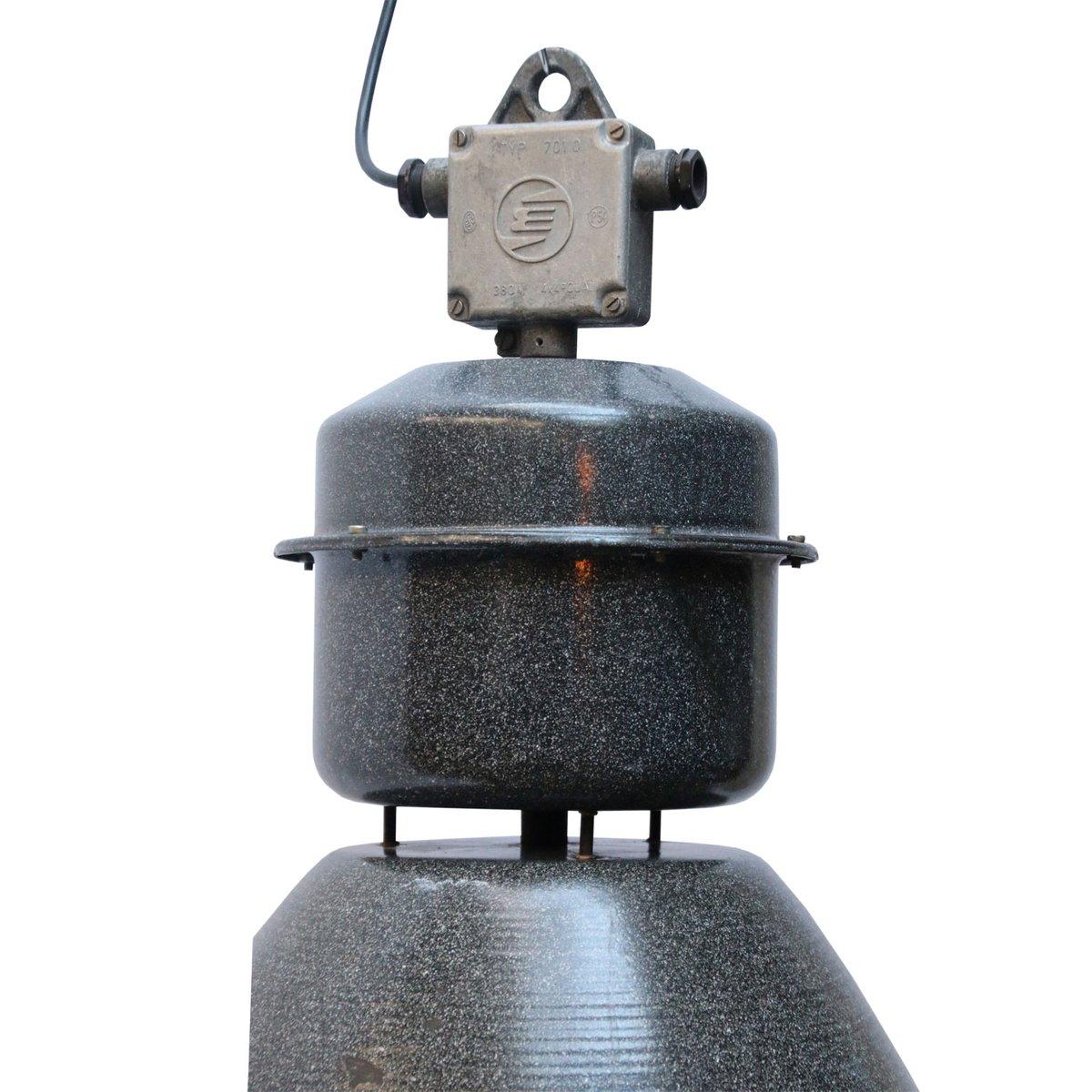 lampe suspension industrielle vintage en mail gris en. Black Bedroom Furniture Sets. Home Design Ideas