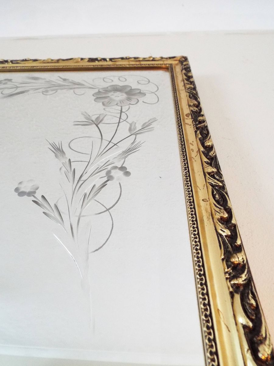 vintage spiegel mit vergoldetem holzrahmen bei pamono kaufen. Black Bedroom Furniture Sets. Home Design Ideas