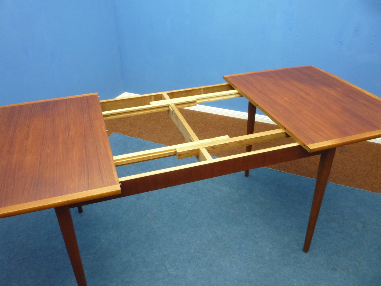 Table de salle manger mid century en teck 1960s en - Table salle a manger teck ...