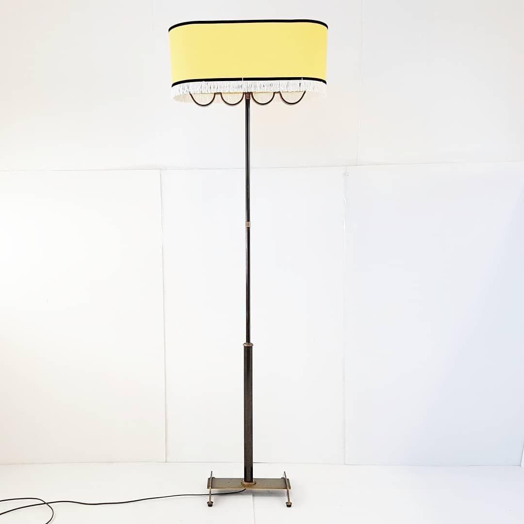 Französische Mid-Century Stehlampe aus Stahl & Messing