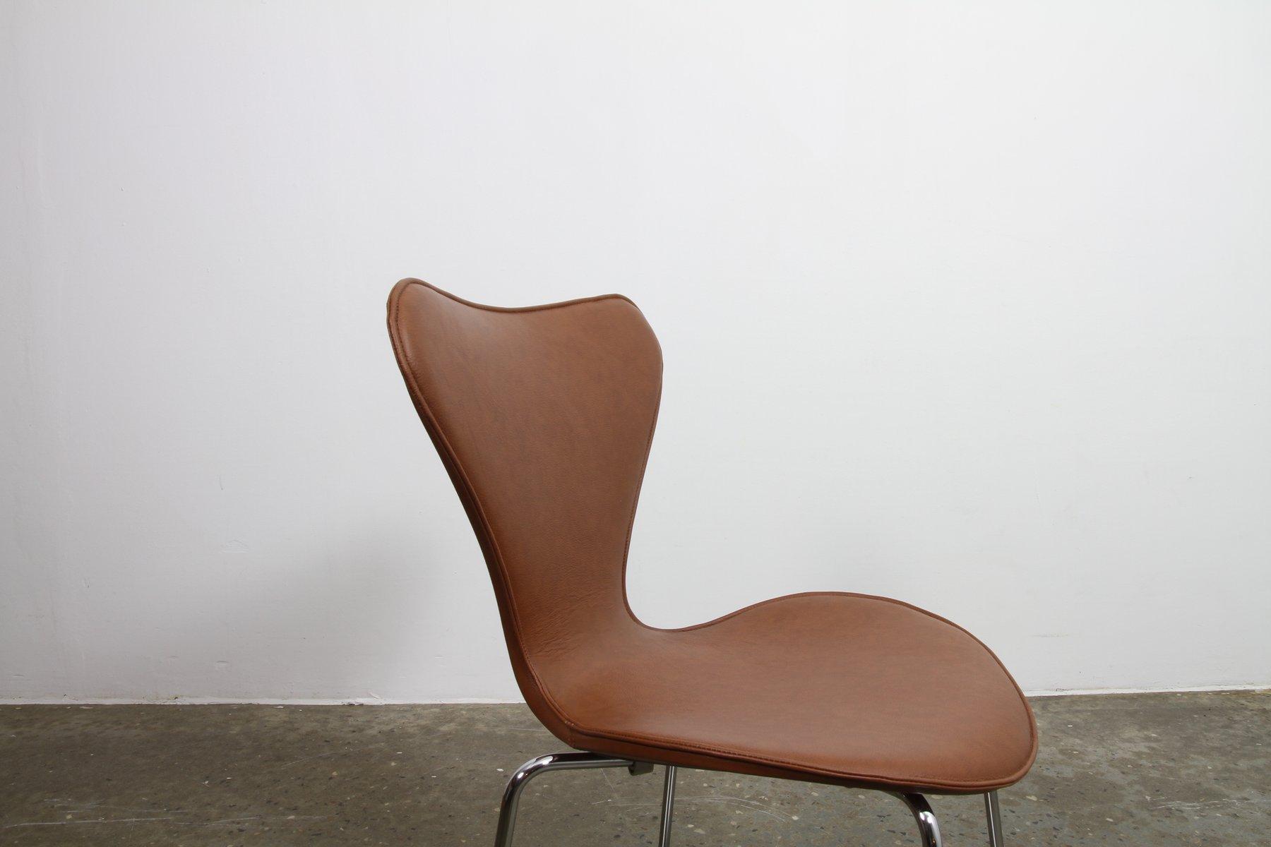 Sedie da pranzo Butterfly serie 7 di Arne Jacobsen per ...