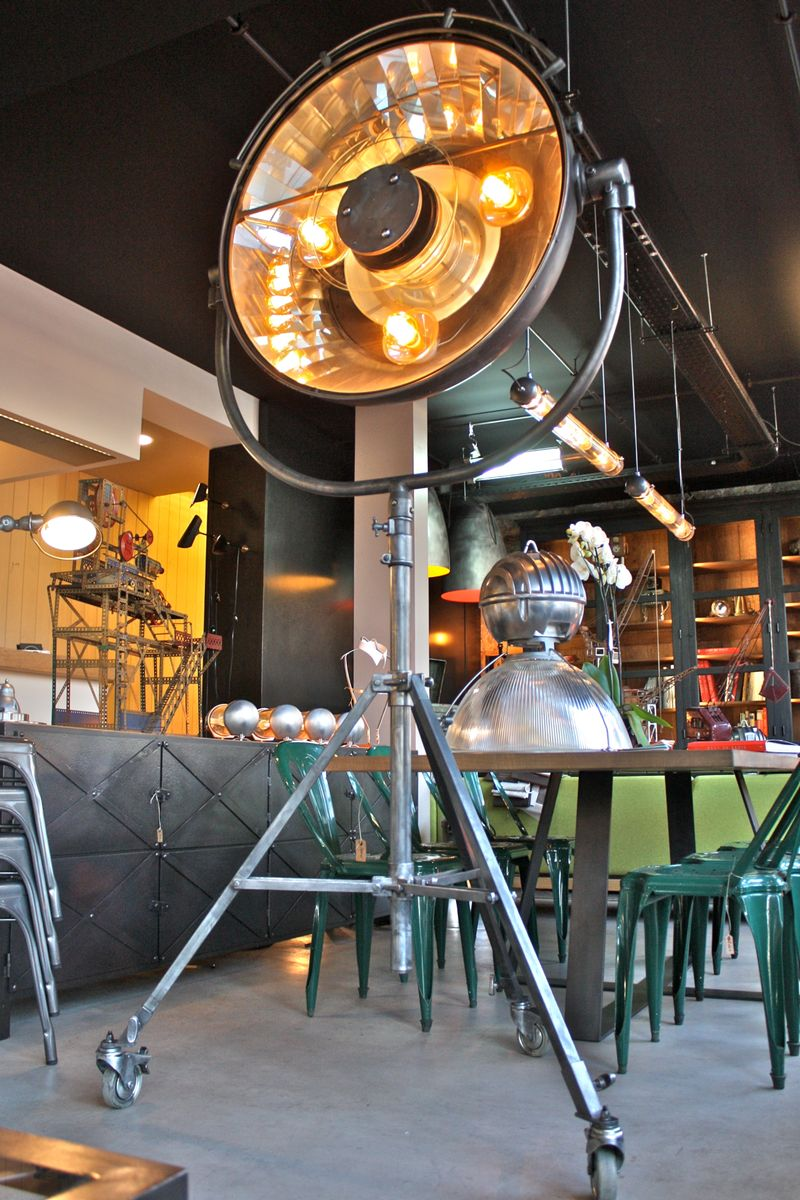 Große industrielle Vintage Stehlampe von BBT