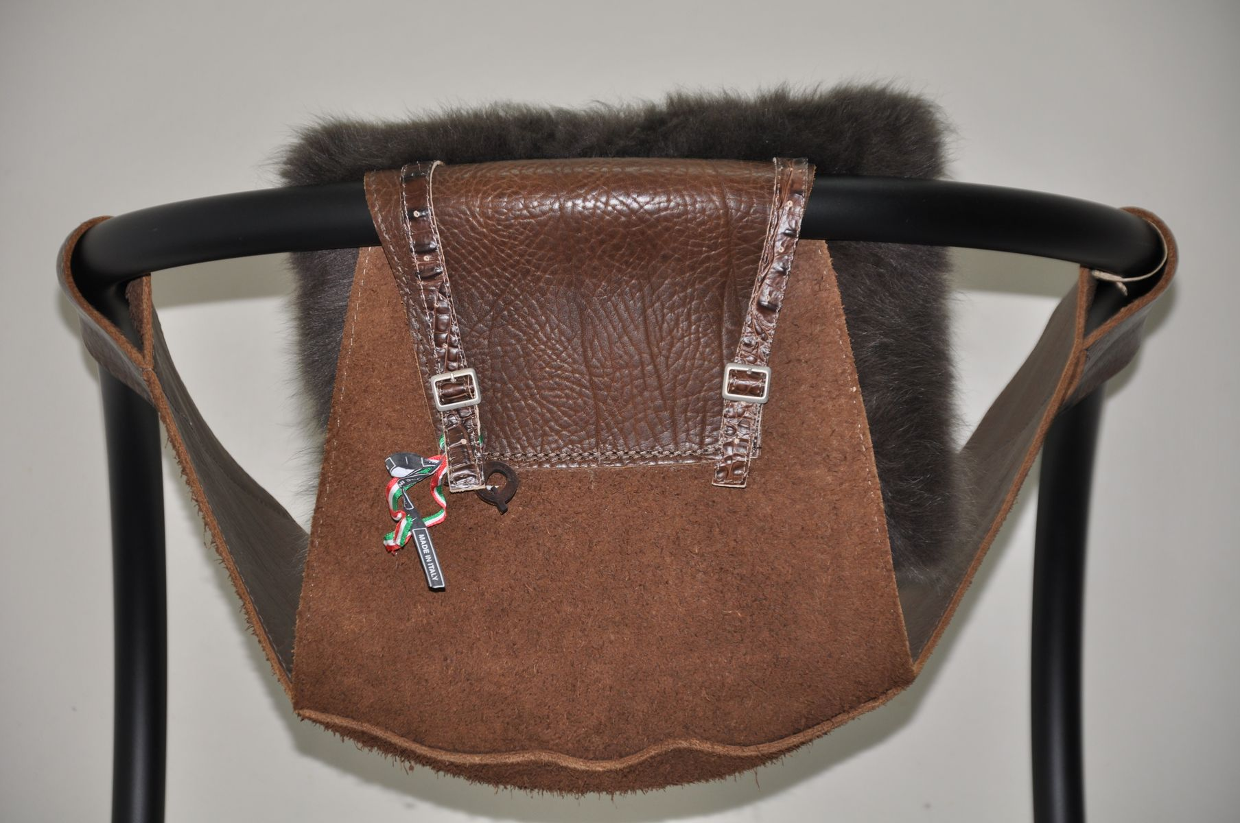 Vintage Stuhl Aus Leder & Pelz Bei Pamono Kaufen