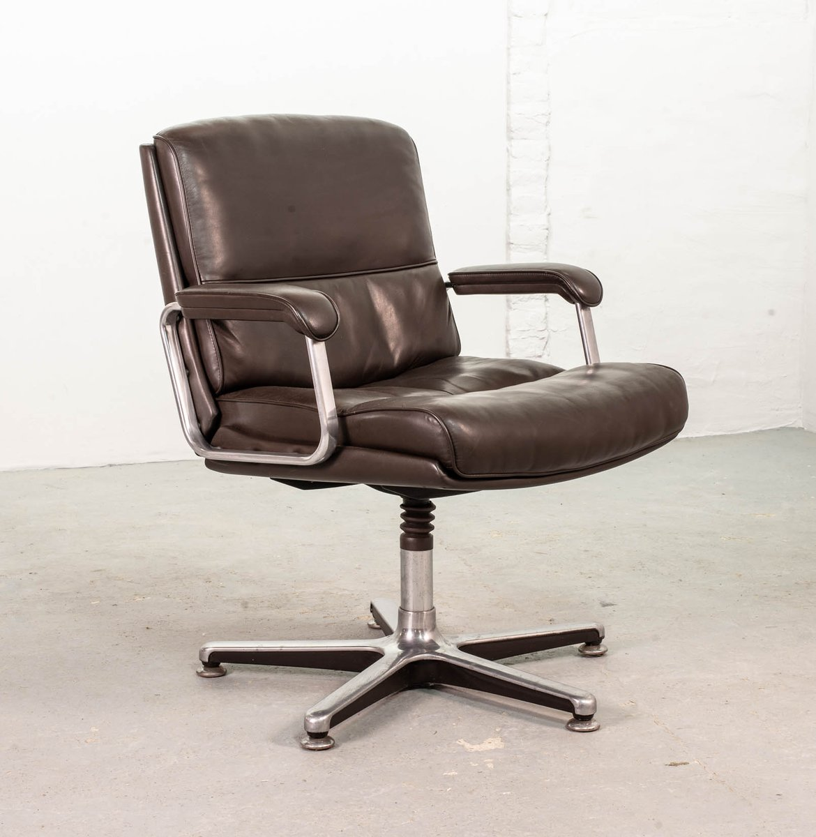 sedie da scrivania in pelle marrone di drabert anni 39 70