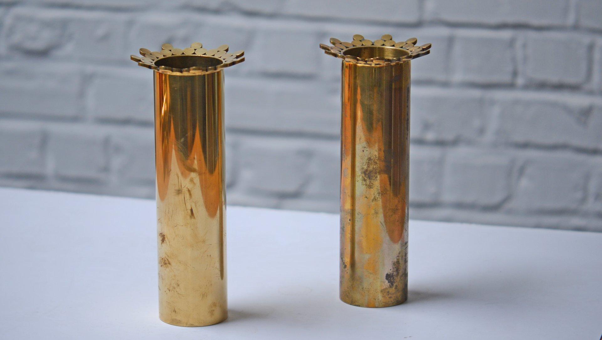 vasen aus messing in form einer krone von pierre forssell f r skultuna 1979 2er set bei pamono. Black Bedroom Furniture Sets. Home Design Ideas