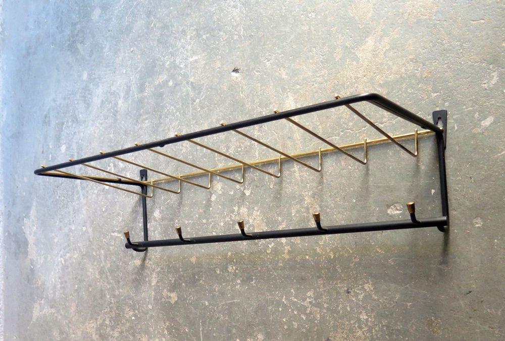 garderobe aus metall in schwarz gold 1950er bei pamono. Black Bedroom Furniture Sets. Home Design Ideas
