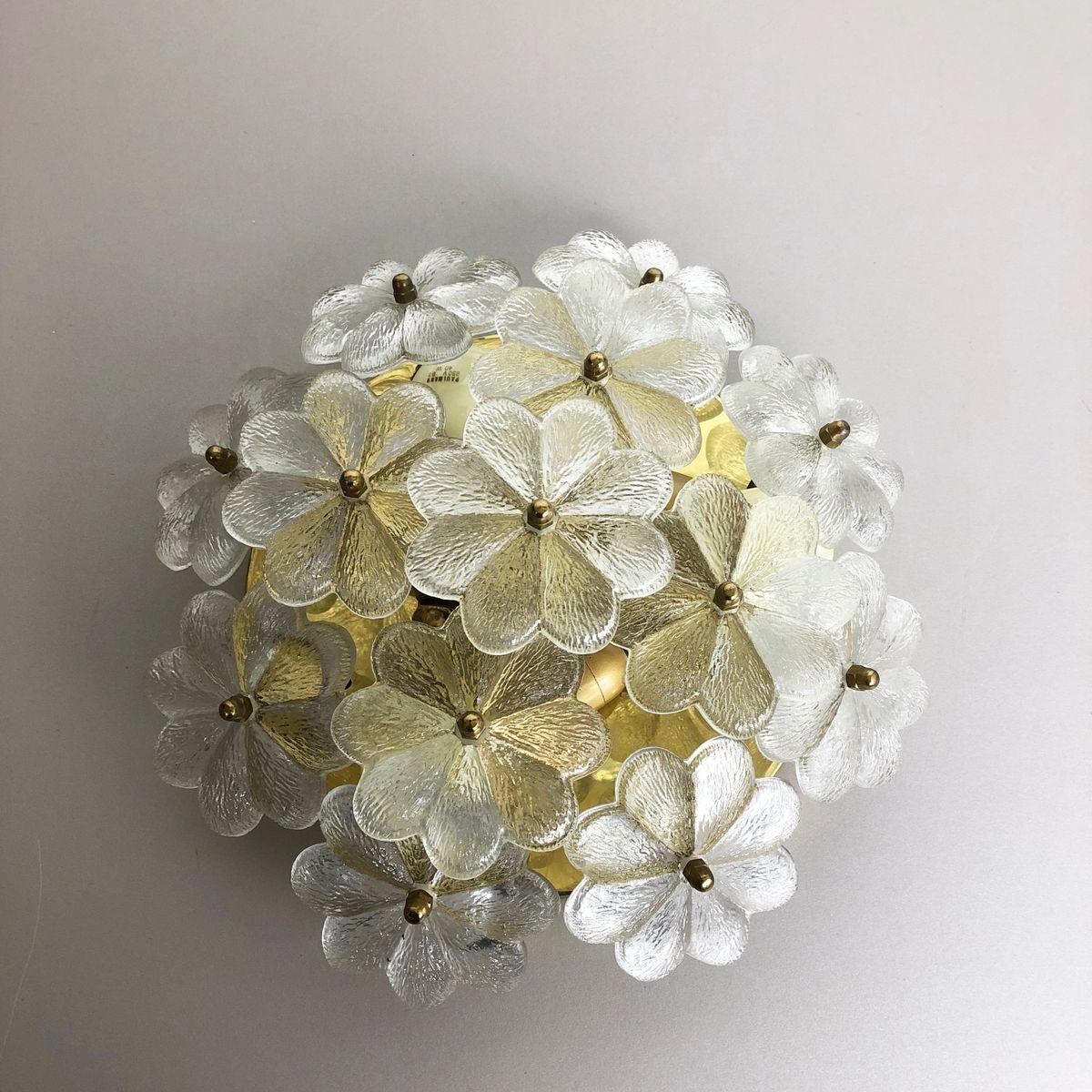 Große florale Wandlampe aus Glas & Messing von Ernst Palme, 1970er