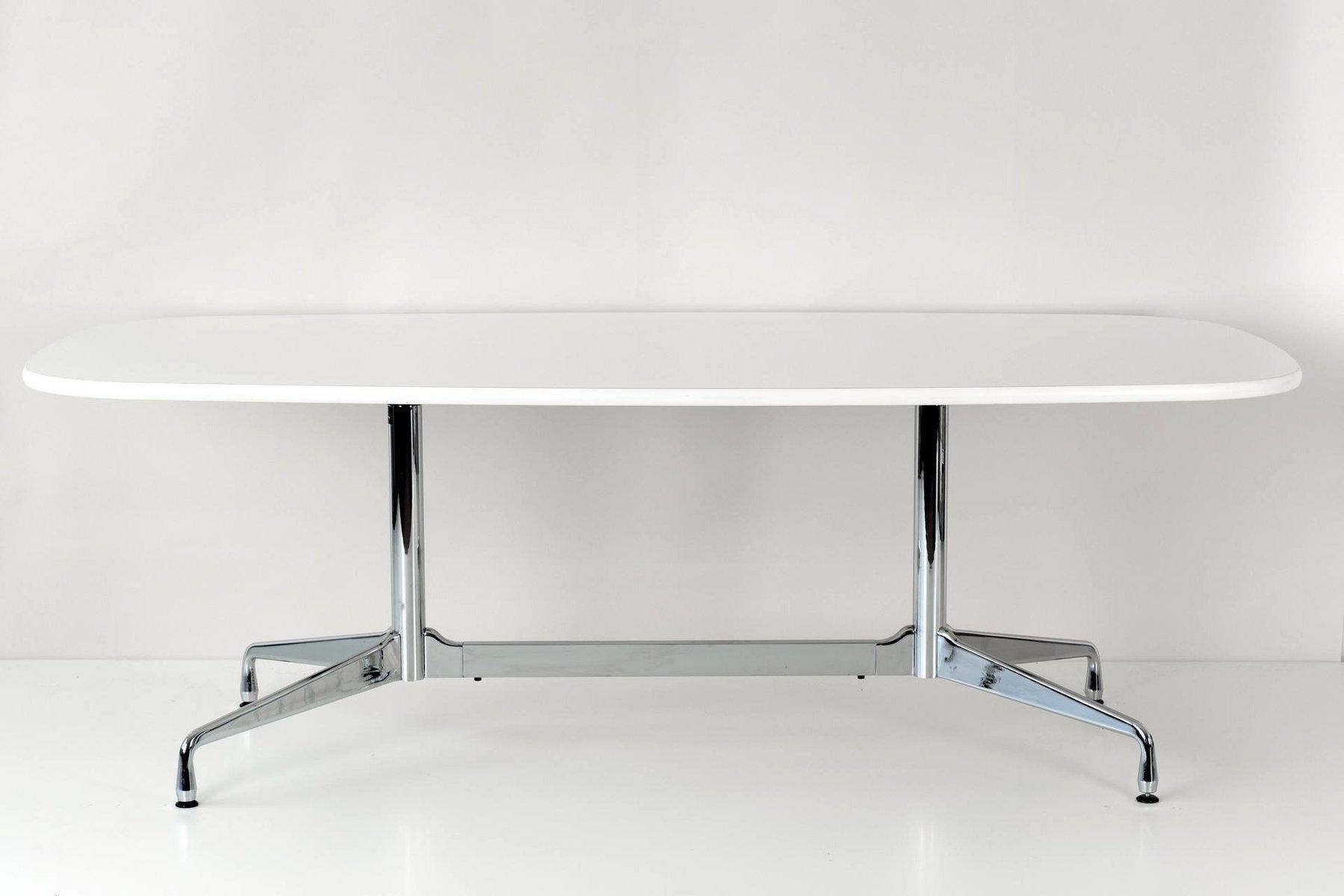 Tisch mit segmentiertem Gestell von Ray & Charles Eames für Vitra, 196...