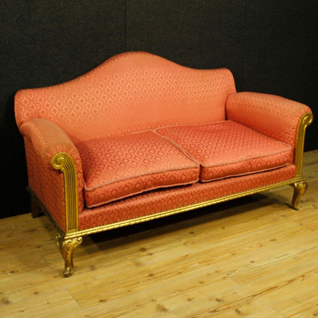 spanisches sofa mit gestell aus vergoldetem holz 1950er. Black Bedroom Furniture Sets. Home Design Ideas