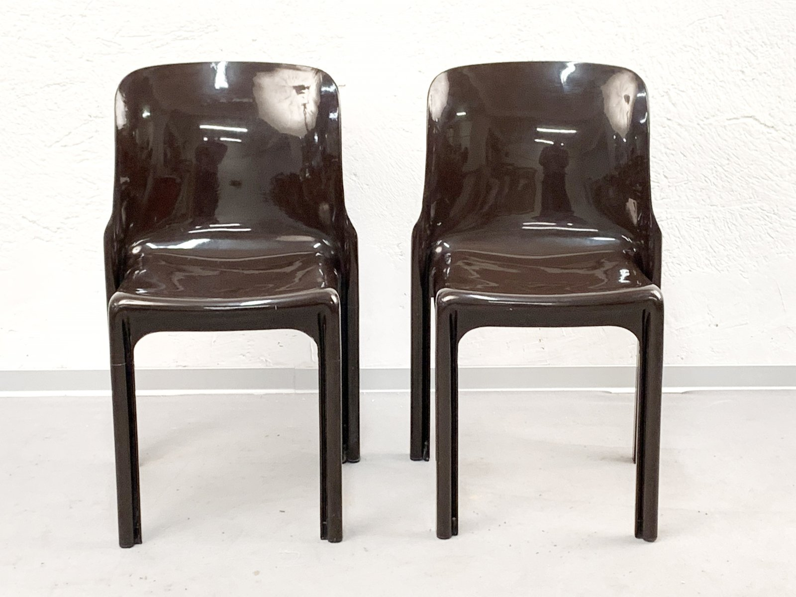Italienische Braune Selene Stühle Von Vico Magistretti Für