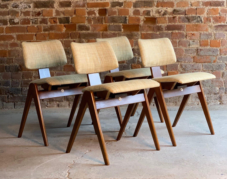 Esstisch & Stühle Set Aus Buche & Sperrholz Von Robin Day