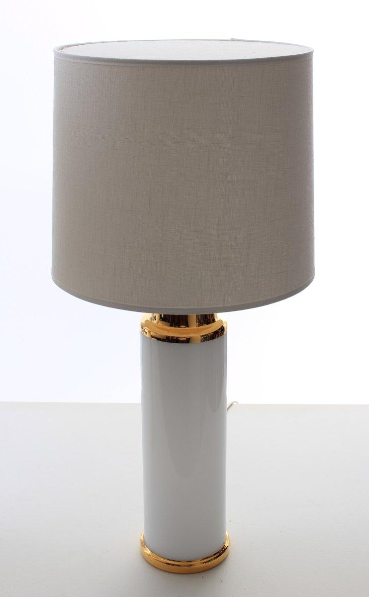 Lampade Da Tavolo Moderne Bianche E Dorate Di Uno Osten Kristiansson Per Luxus Scandinavia Anni 60 Set Di 2 In Vendita Su Pamono