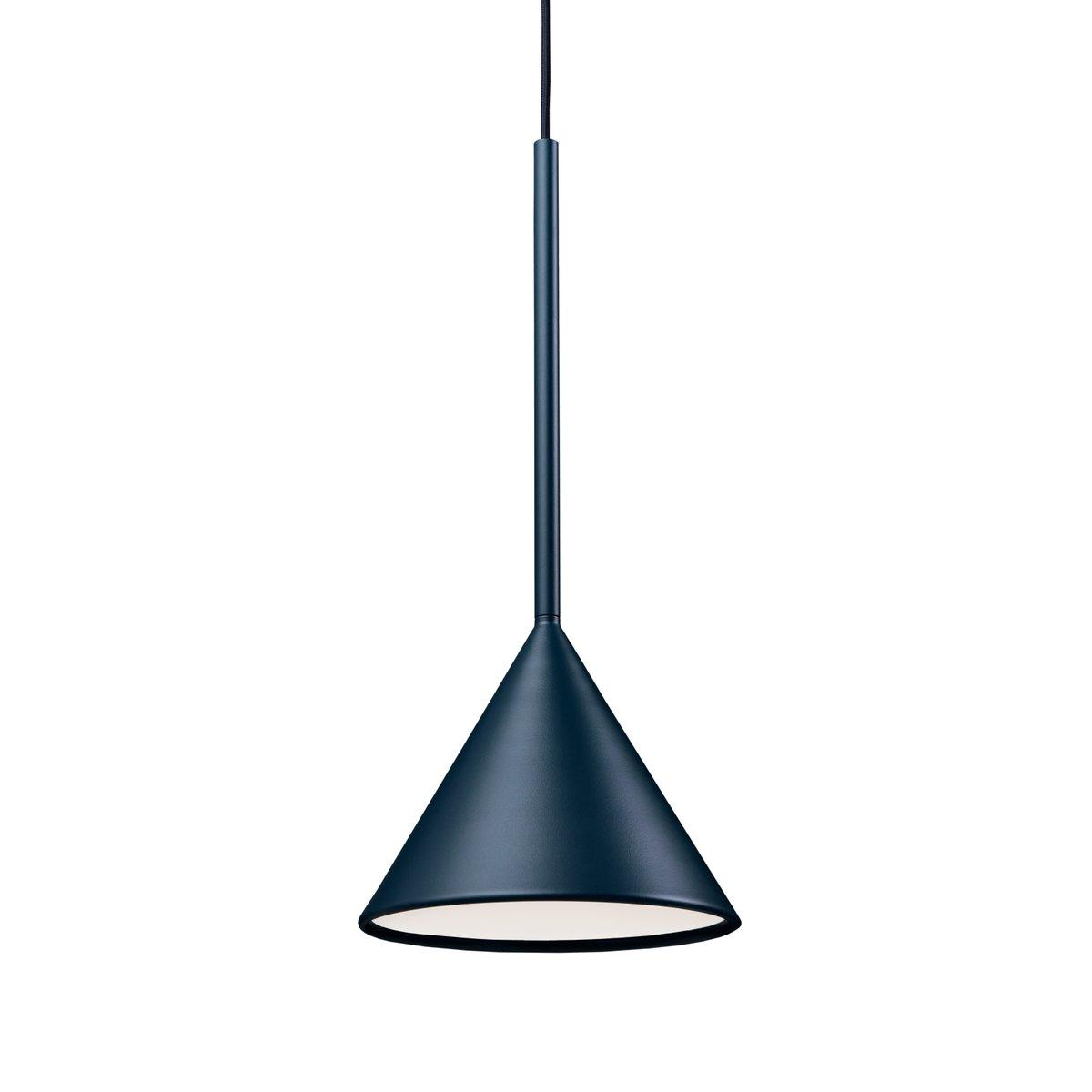 figura h ngelampe mit kegelf rmigem schirm in mitternachtsblau von schneid studio bei pamono kaufen. Black Bedroom Furniture Sets. Home Design Ideas