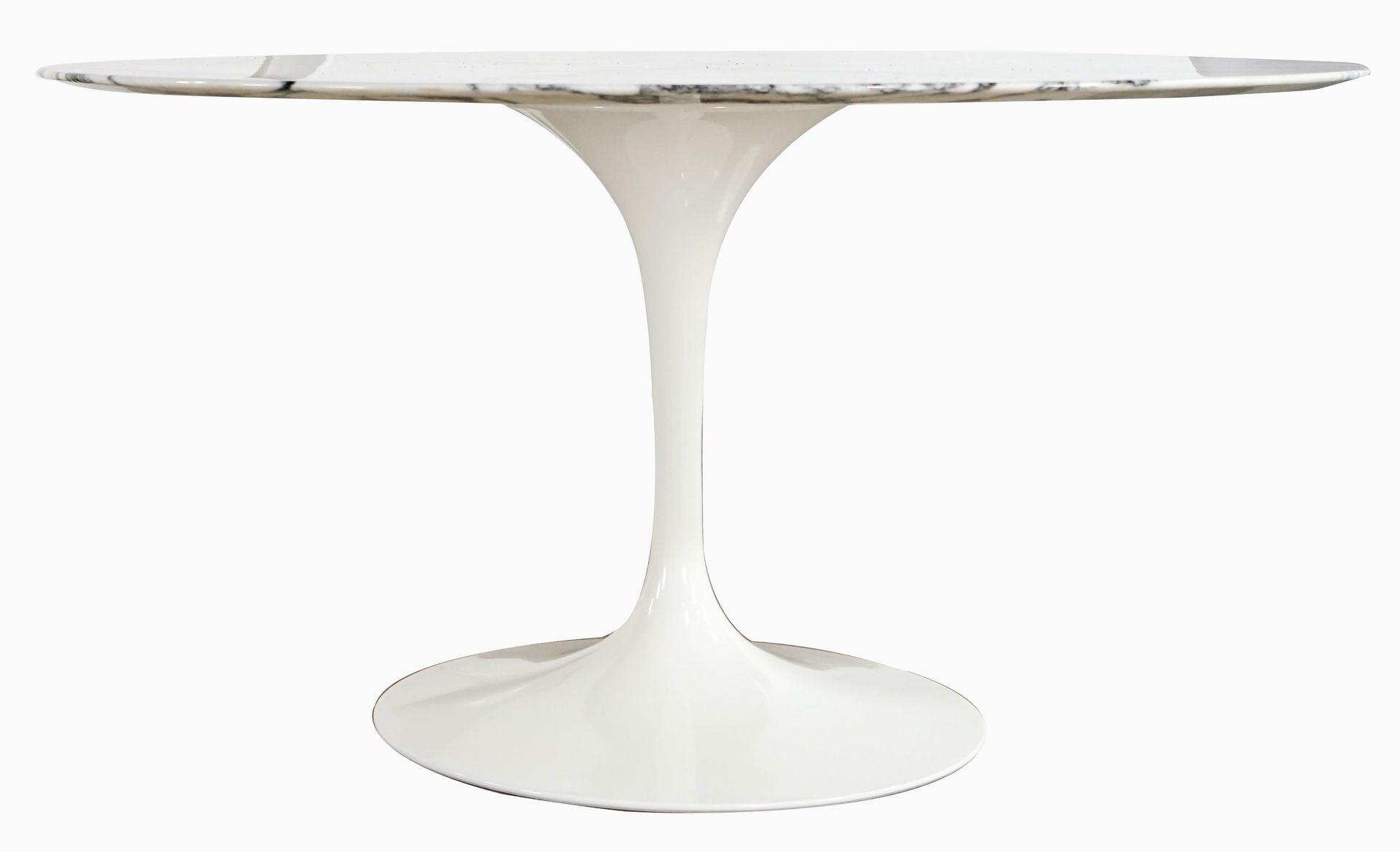 Vintage Pedestal Tulip Dining Table By Eero Saarinen For Knoll - Knoll pedestal table