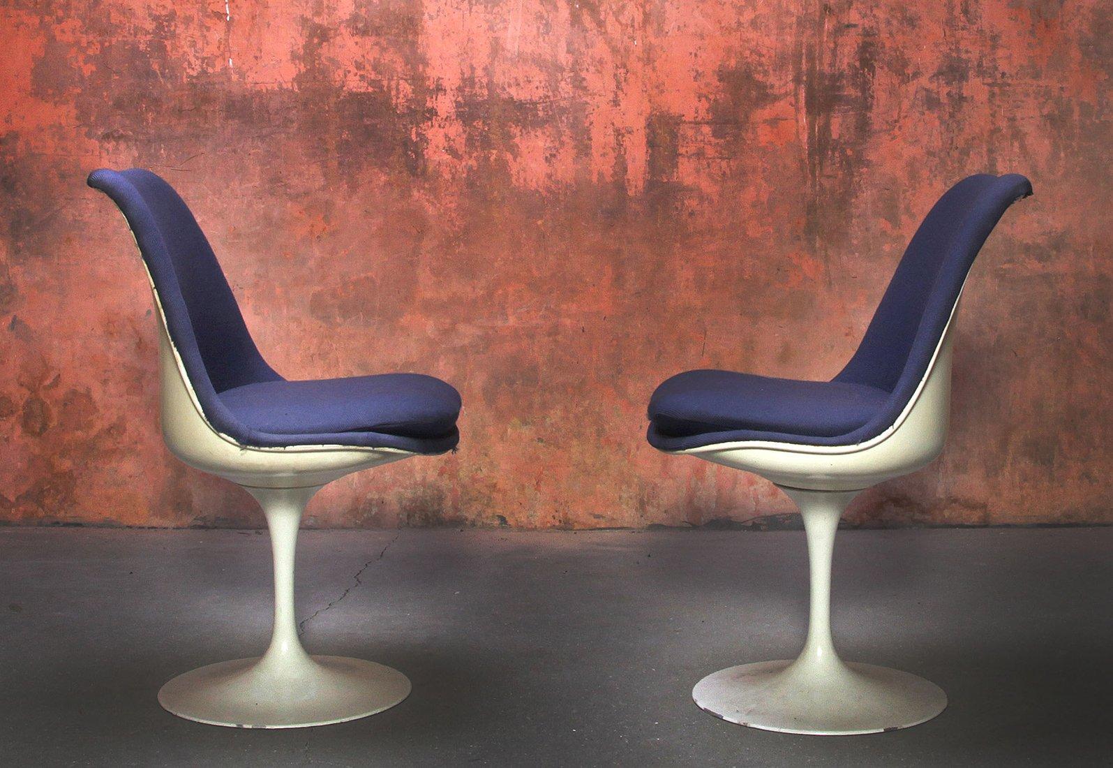 Sedie Tulip girevoli di Eero Saarinen per Knoll Inc ...