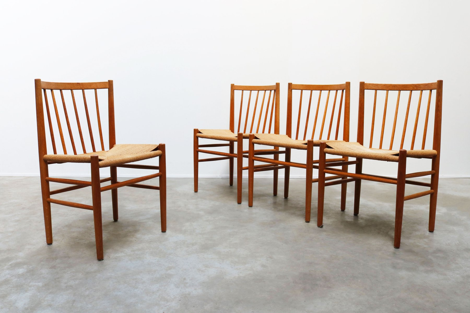 Model J80 Oak And Paper Cord Dining Chairs By Jørgen Bækmark For Fm Møbler 1950s Set Of 4 For Sale At Pamono