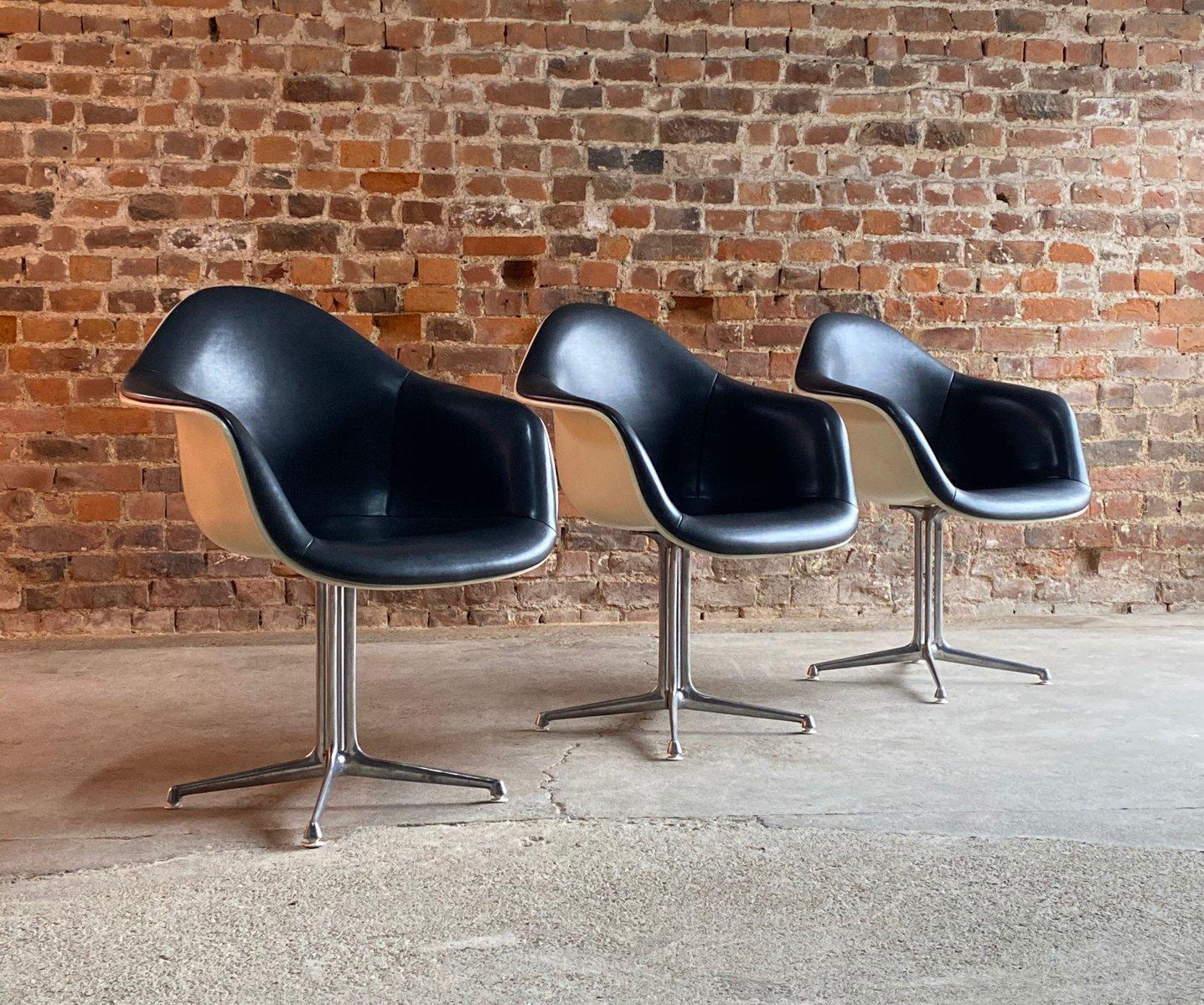 Sedia di Charles & Ray Eames per Herman Miller, anni '60 ...