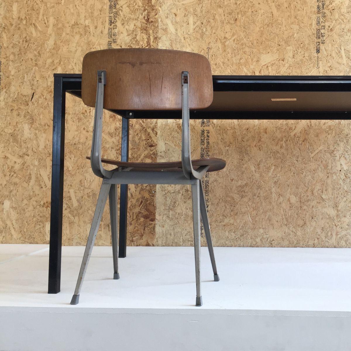 1964 Rare Friso Kramer Coffee Table For Ahrend De Cirkel: Facet Table By Friso Kramer For Ahrend De Cirkel, 1970s