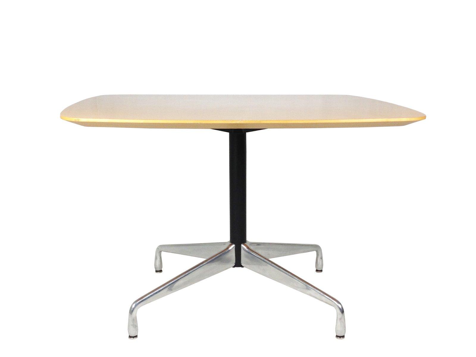 Tavolo Da Pranzo In Alluminio Metallo E Legno Di Charles Ray Eames Per Icf De Padova Anni 90 In Vendita Su Pamono