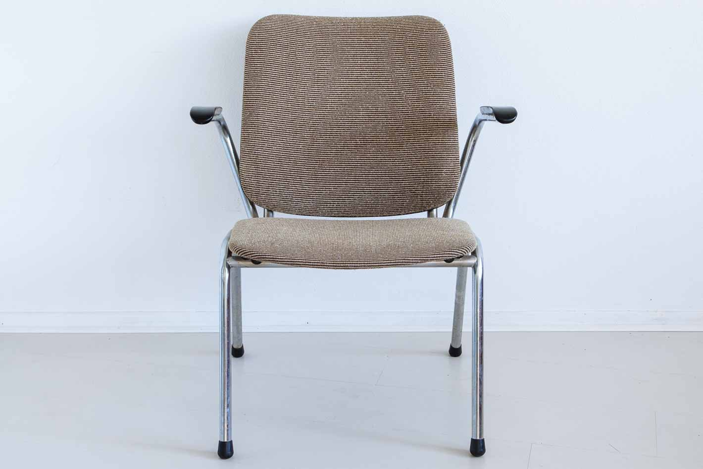Price per set & Vintage Chrome Easy Chairs Set of 2 for sale at Pamono