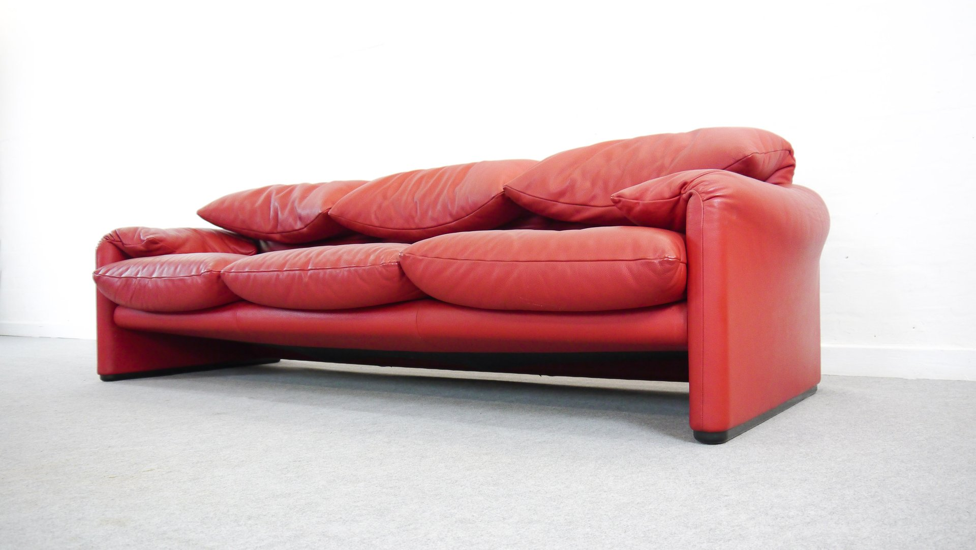 Vintage Maralunga Sofa By Vico Magistretti For Cassina For
