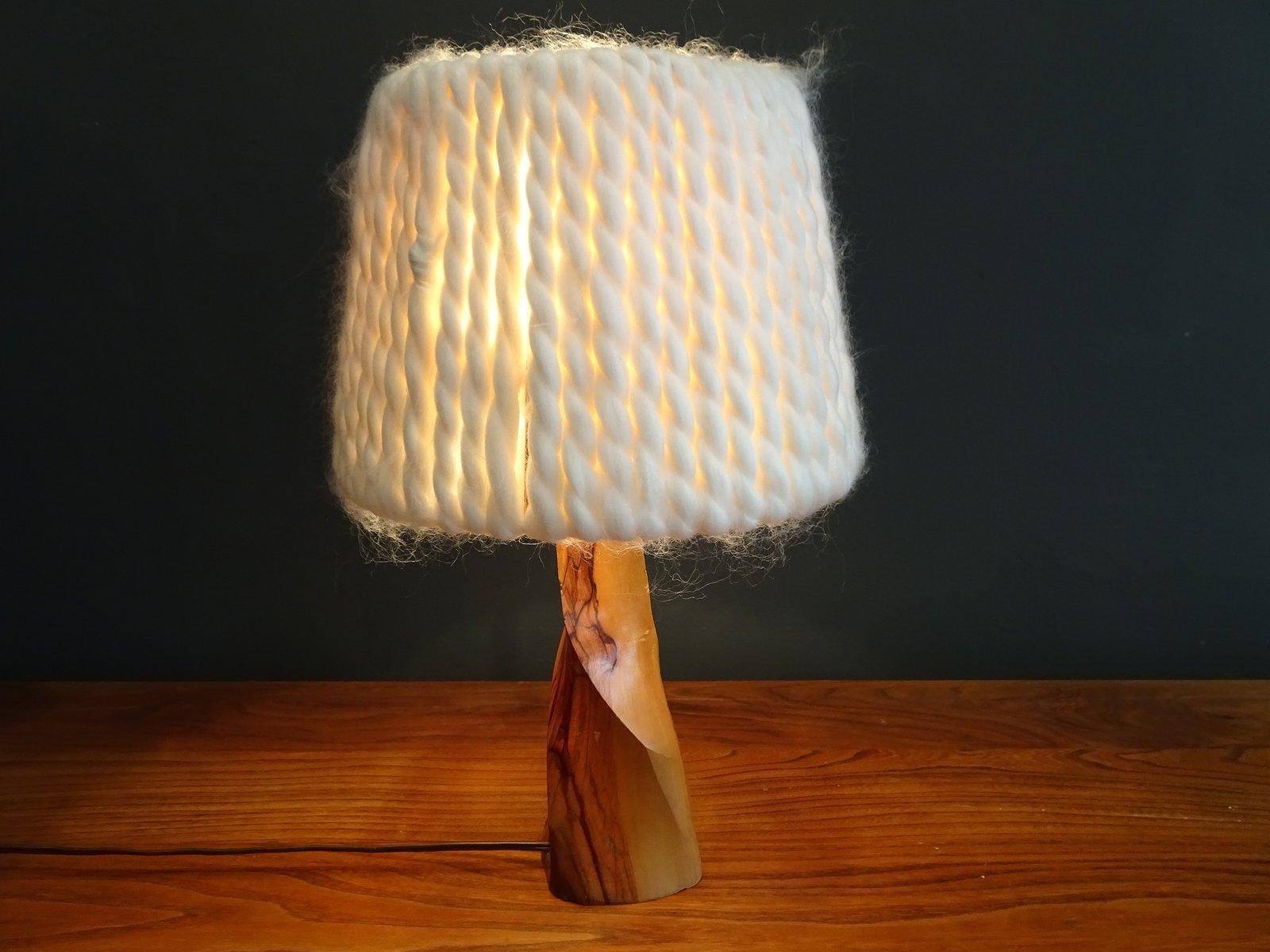 Lampada Da Tavolo Vintage In Legno E Lana Artigianale In Vendita Su Pamono