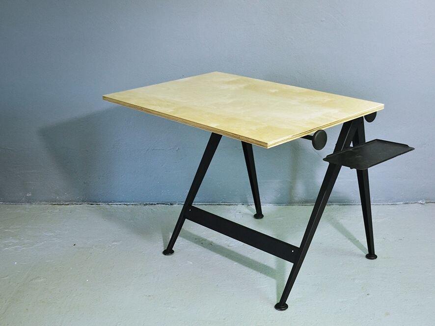 Scrivania Da Disegno : Tavolo da disegno reply mid century di friso kramer per ahrend de