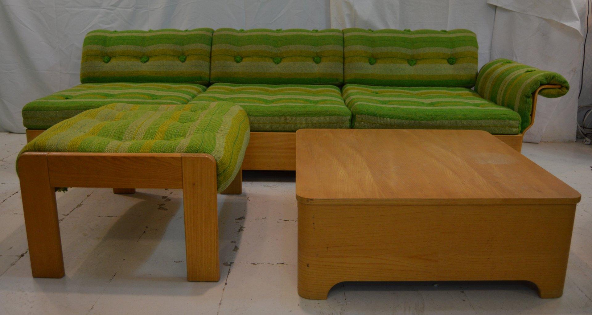 Schwedisches Vintage 3-Sitzer Sofa mit Beistelltisch und Fußhocker