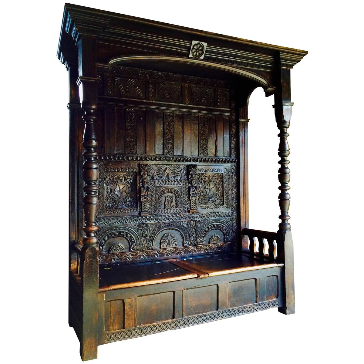 Antike Bank aus Geschitzter Eiche mit Vordach, 1640er