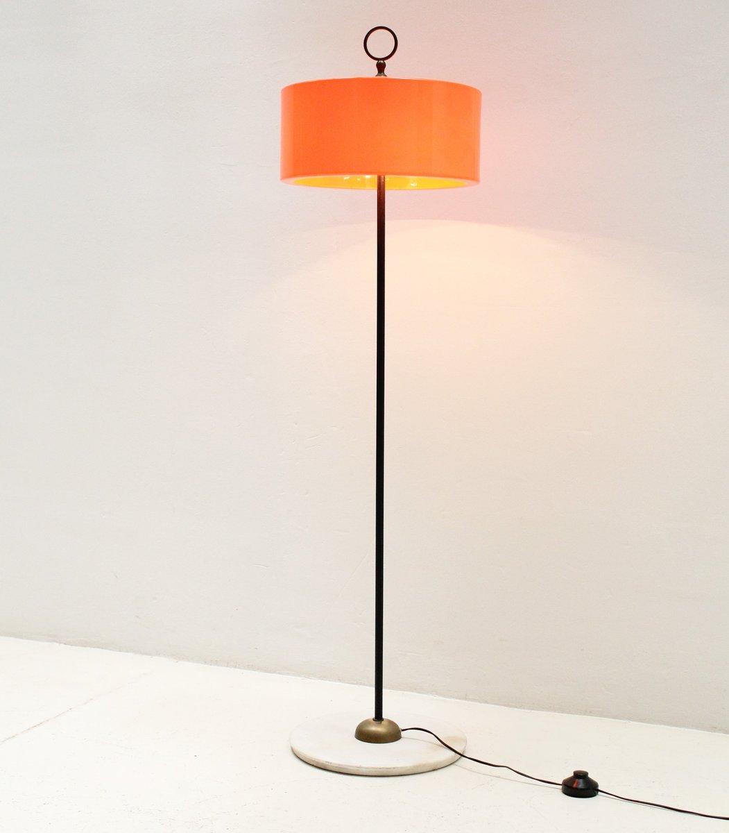 Italienische Stehlampe mit Orangenem Lampenschirm, 1960er