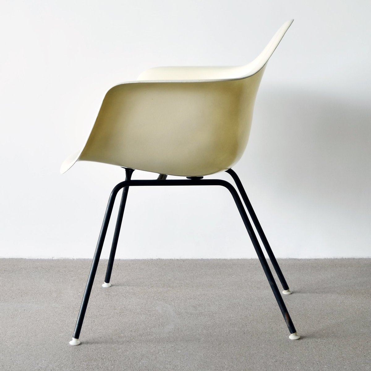 chaise dax par charles et ray eames pour herman miller 1962 en vente sur pamono. Black Bedroom Furniture Sets. Home Design Ideas