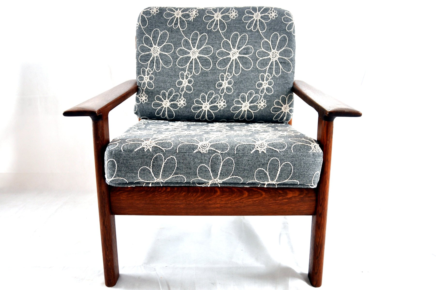 Dänischer Vintage Sessel aus Teak und Nussholz