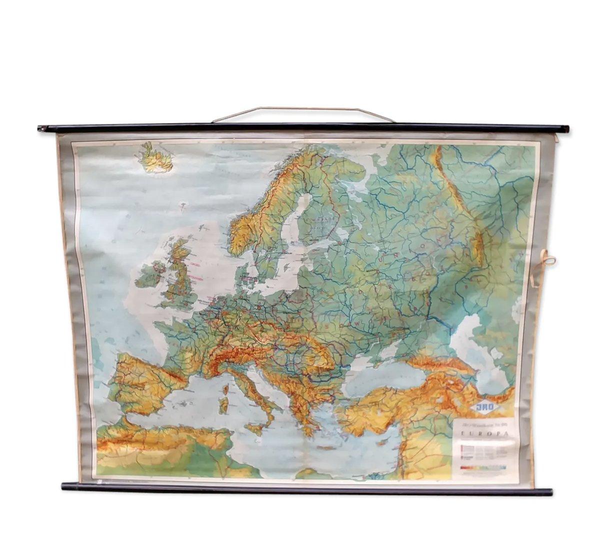 Cartina Geografica Europa Da Stampare.Carta Geografica Dell Europa Anni 70 In Vendita Su Pamono