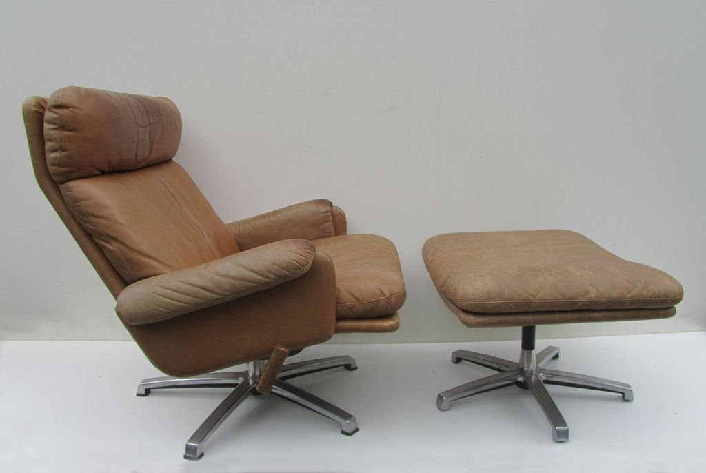 Mid Century Leather Lounge Swivel Chair With Ottoman