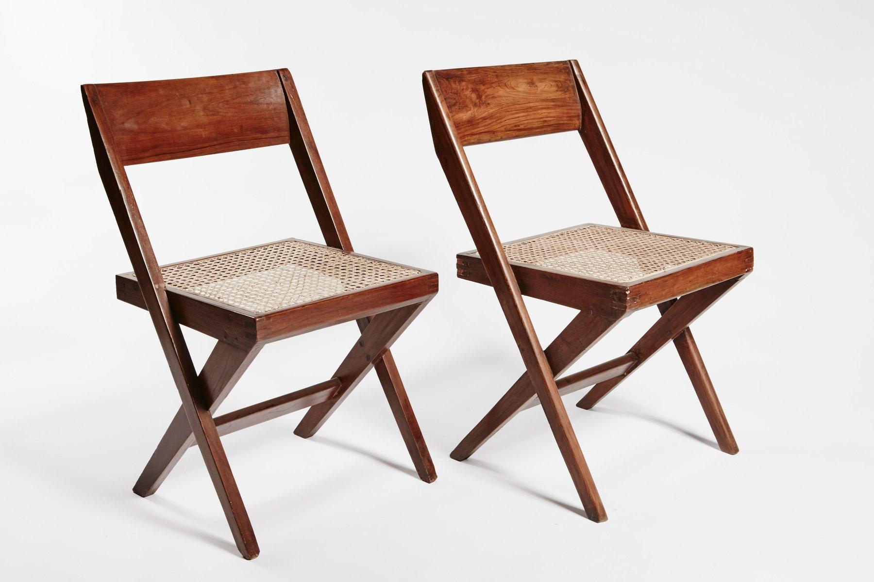 b cherei st hle teak und korbgeflecht von pierre jeanneret 2er set bei pamono kaufen. Black Bedroom Furniture Sets. Home Design Ideas