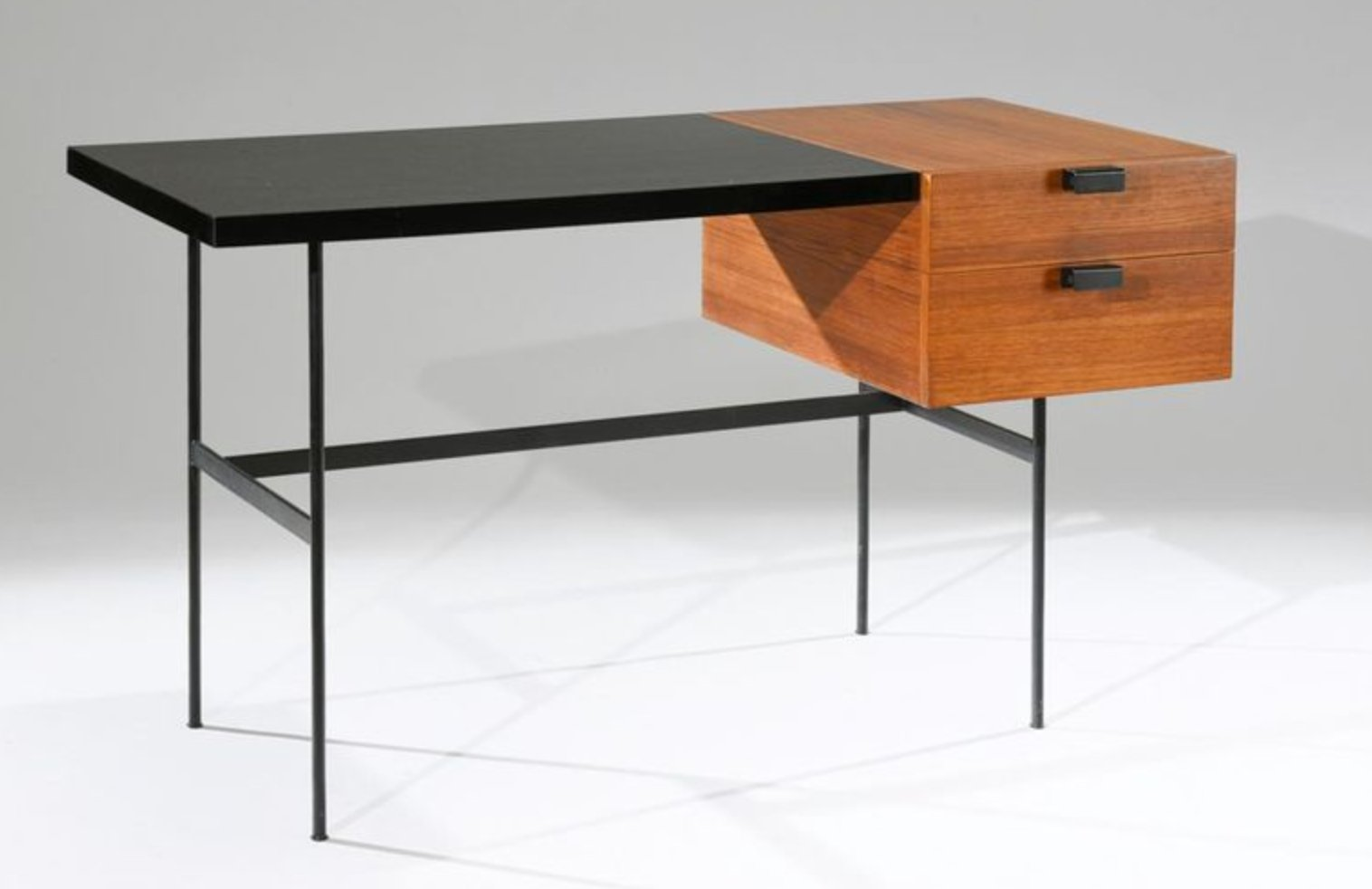 Mid Century Mahogany Model Cm141 Desk By Pierre Paulin For Thonet 1954 For Sale At Pamono