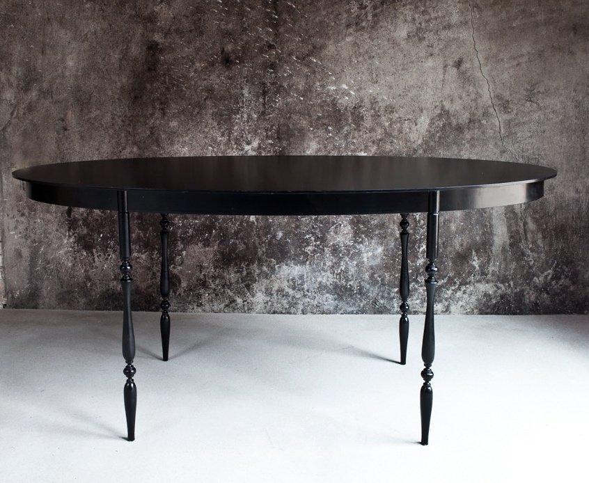 The Iron Lady Tisch von Het Tafelbureau