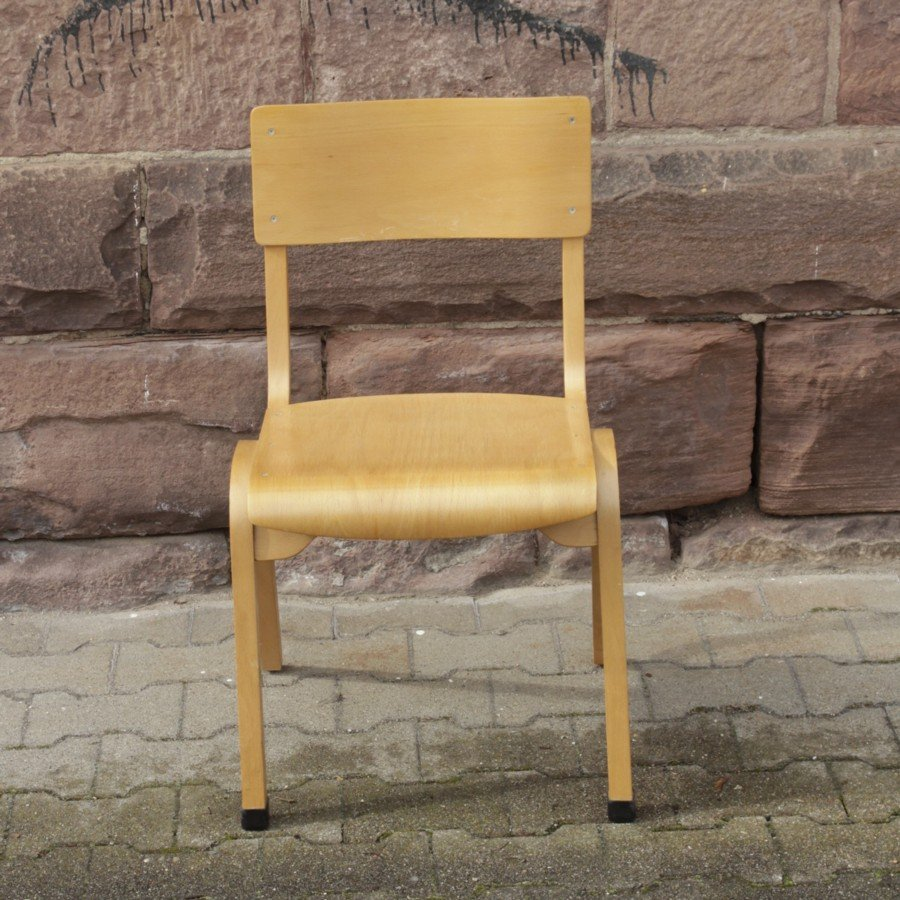 Vintage stuhl aus sperrholz bei pamono kaufen for Stuhl designklassiker vintage