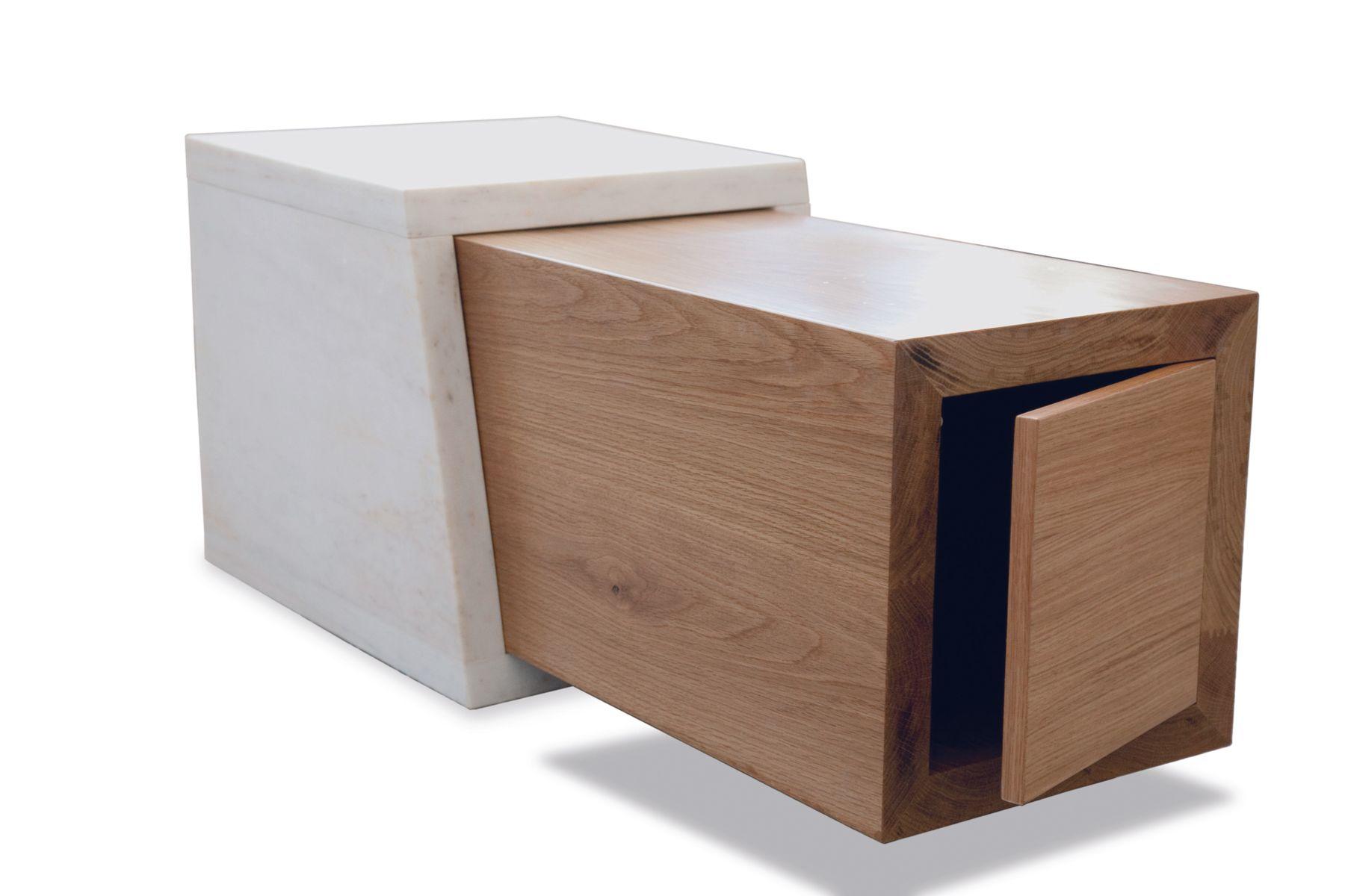 Couchtisch aus Holz mit Weißem Marmor von Maria Vidali