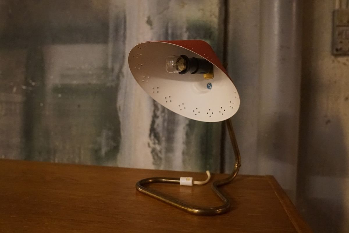 Vintage Model Gk14 Table Lamp In Brass With Red Lamp Shade From Ewå For Sale At Pamono